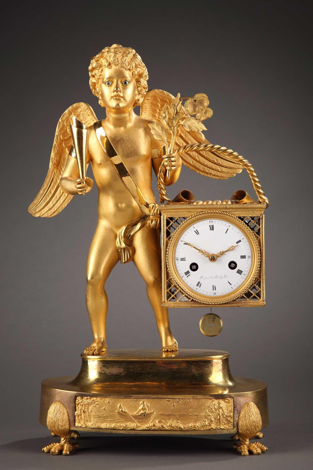Pendule en bronze doré et ciselé, d'époque Empire. Elle est inspirée des petits métiers de Paris.